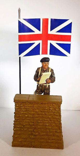 REVIEW STAND, REWST 4, 1/32 & 1/30, WITH EA008, BRITISH SGT., (BOXED)