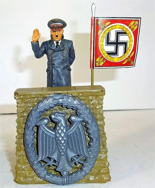 QUARTERMASTER CORP, REWST 2, 1/32 & 1/30, REVIEW STAND WITH ADOLF HITLER, (BOXED)