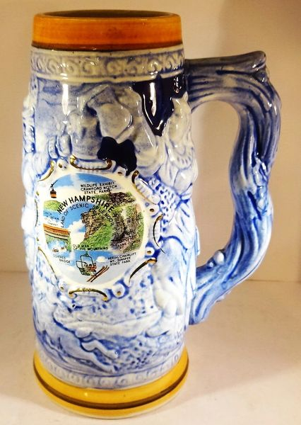 GERMAN BEER MUG, 1 LT., NEW HAMPSHIRE LOGO WITH GERMAN LANDESKNECHTS DRINKING