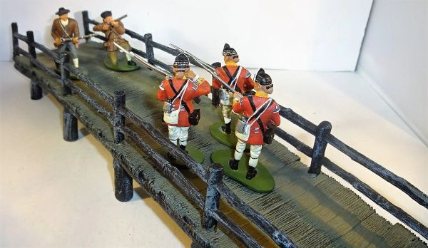 "W BRITIANS, 17213, 1/32, 10TH REG'T AND MINUTEMEN AT THE CONCORD BRIDGE (3 1/2""X17'lg.), (BOXED)"