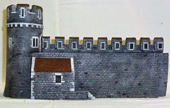 "MEDIEVAL CASTLE, 4, WALL WITH INTERIOR BUILDING, 28 mm to 40 mm, 13"" LG. (UNBOXED)"