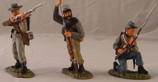 CONTE, ACW57099, 1/32, CONFEDERATE INFANTRY FIRING, (BOXED)