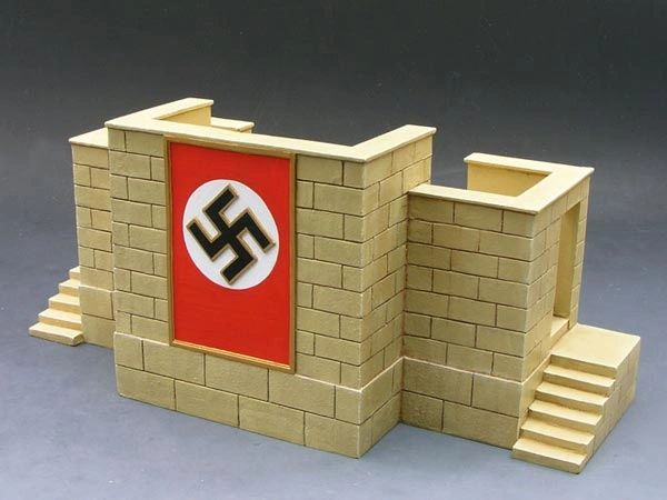KING AND COUNTRY, LAH082, 1/30. NURNBERG REVIEW STAND (BOXED) additional shipping applies