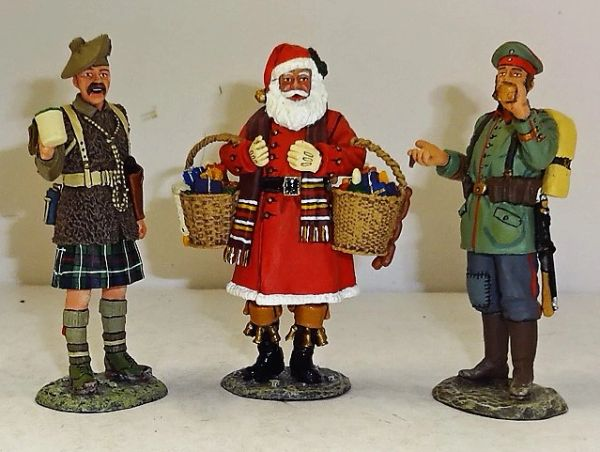 KING AND COUNTRY, XM007-01, 1/30, CHRISTMAS TRUCE 1915, (BOXED)
