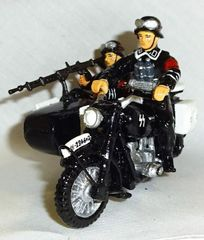 KING AND COUNTRY, LAH011, 1/30, SS MOTORCYCLE, WITH SIDE CAR, (BOXED)