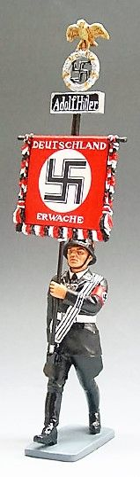 KING AND COUNTRY, LAH027, 1/30, SS MARCHING WITH ADOLF HITLER BANNER, (BOXED)