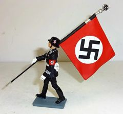 KING AND COUNTRY, LAH029, 1/30, SS MARCHING WITH FLAG, (BOXED)