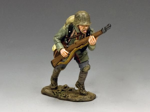 KING AND COUNTRY, FW215, 1/30, German Advancing with Rifle BOXED