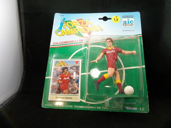 FORZA CAMPANIONI ! Giuseppe Giannini Soccer action figure and collectibles card