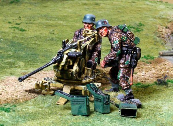 THE COLLECTORS SHOWCASE, CS00808, 1/30th, Waffen SS 2.0 cm Flak gun & team
