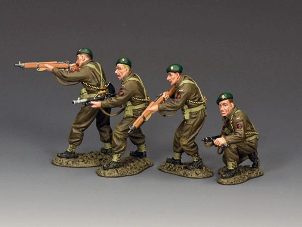 KING AND COUNTRY, DD332, 1/30, French Commando (Fusilier Marins) Fire and Advance, (BOXED) (1 available)
