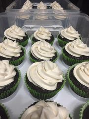 Chocolate Cupcake with Buttercream Frosting - 6 Pack