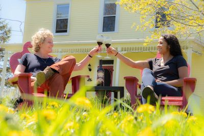 Mahone Bay accommodations, Deluxe Bedrooms overlooking River Waterfront, Nova Scotia Lodges