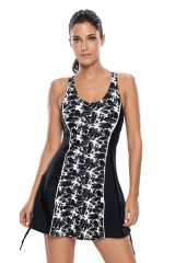 S008 One Piece Black Monochrome Panel Front