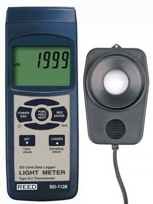 REED SD-1128 SD Series Light Meter, Datalogger, 100,000 Lux / 10,000 Foot Candles (Fc), w/ Temperature