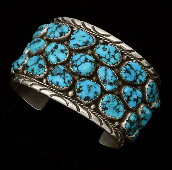 Navajo dead-pawn 7.25-inch circumference cluster cuff with Sleeping Beauty turquoise