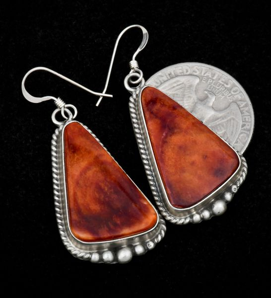 Navajo earrings with hand-picked 'mahogany'-color spiney-oyster shell.