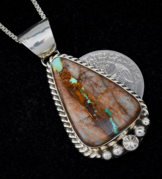 Ribbon turquoise Navajo pendant (with chain), by Augustine Largo