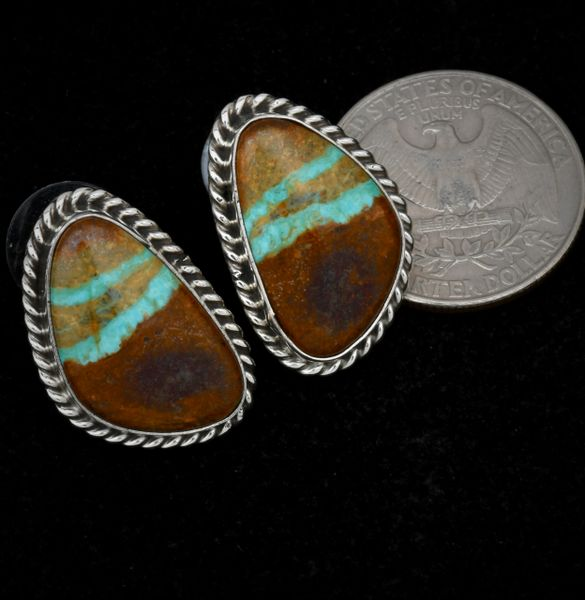 Unusual Navajo studs with matching two-horizontal ribbon stones. #1473