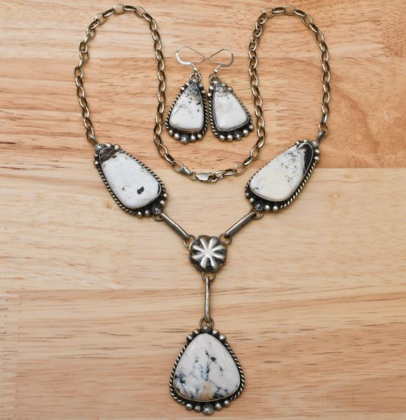 White Buffalo Navajo pendant necklace set by Augustine Largo. #1548
