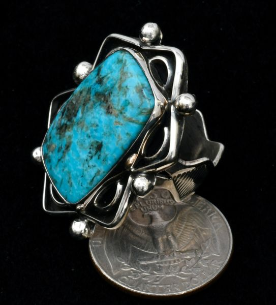 Size 8 Chimney Butte lady's Kingman turquoise ring. #1641
