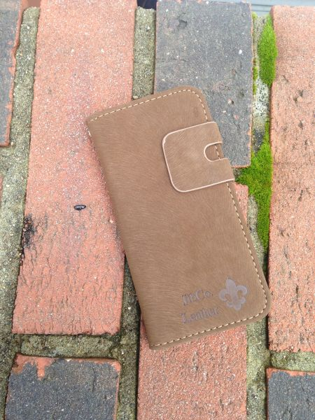 Suede Fleur De Lis iPhone 5 5s SE - Available in brown and black