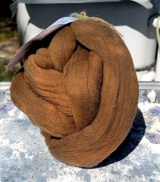 Combed Top - Black Walnut - Rambouillet Wool Roving 4 oz bump