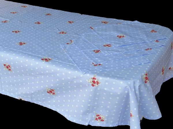 Dotty Floral blue & white rectangle table cloth & napkin set