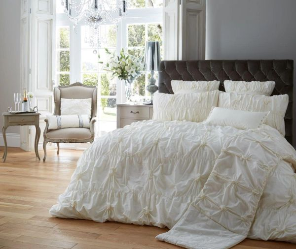 Alexander cream duvet cover