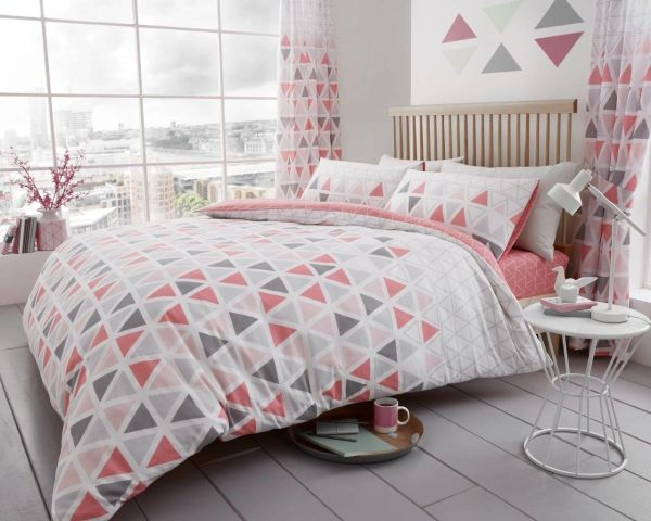 Geo Triangle pink cotton blend duvet cover