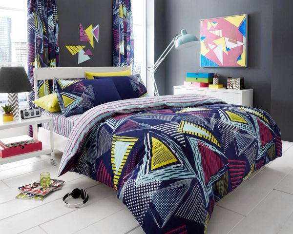 Pop Triangle multi duvet cover