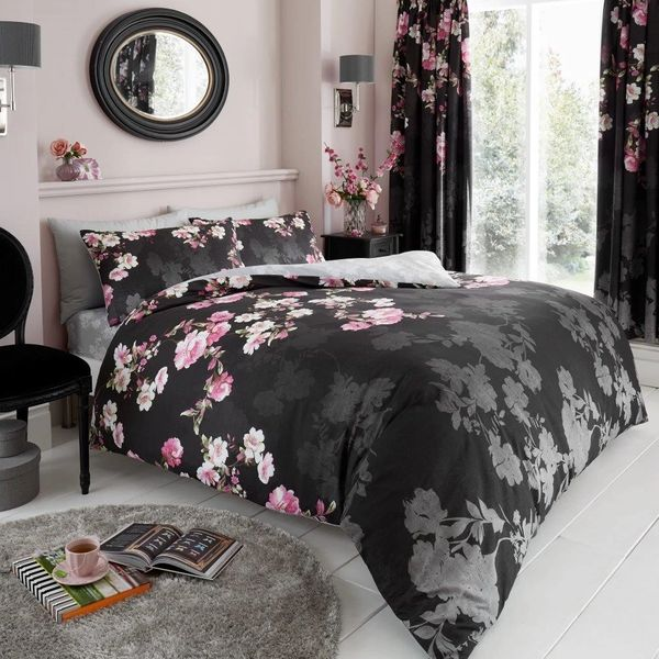 Roseanne black duvet cover