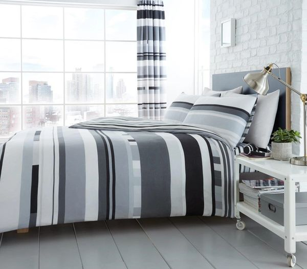 Chester Stripe mono duvet cover