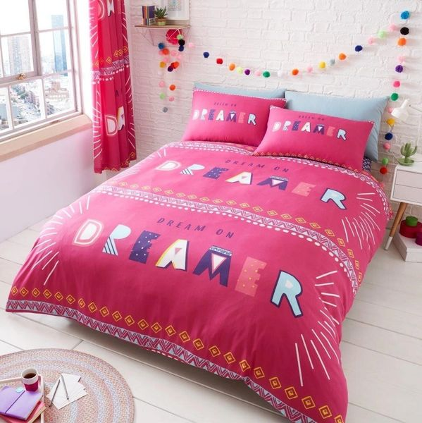 Dream On pink cotton blend duvet cover