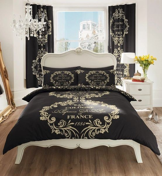 Script Paris black duvet cover