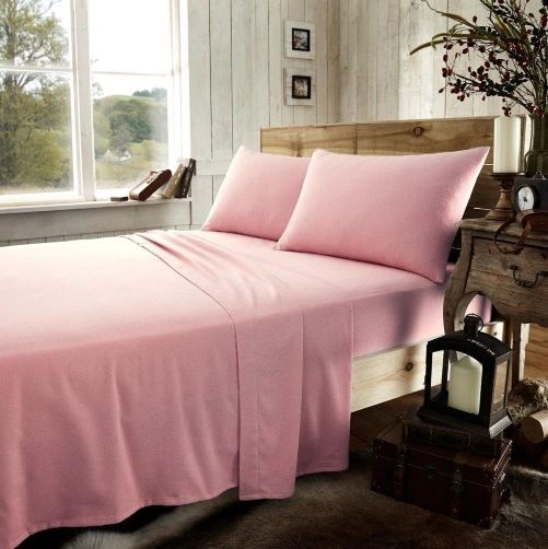 Pink flannelette fitted sheet
