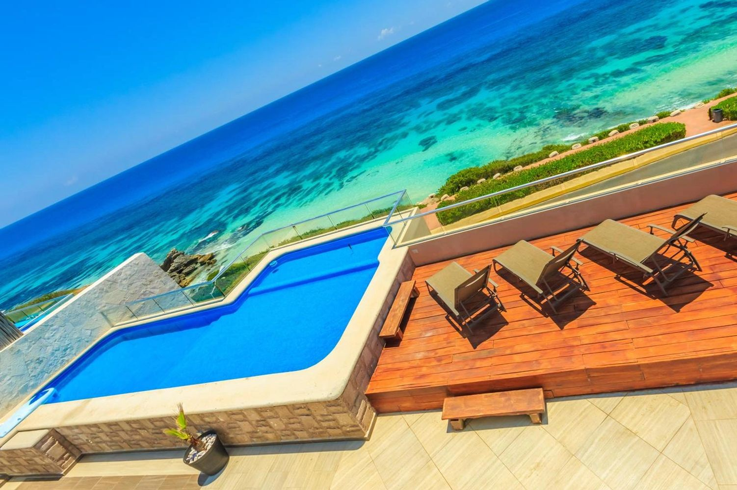 Isla Mujeres Vacation Rental with Pool