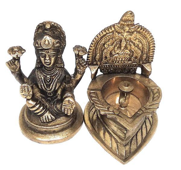 Ashtadhatu Lakshmi Diya with Lakshmi Idol 2 Combo Set
