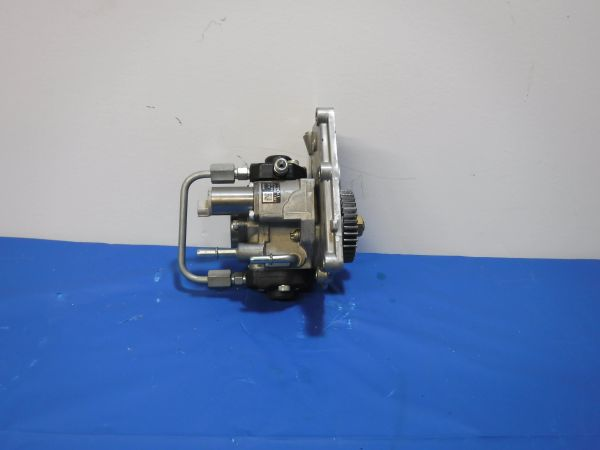 Perkins 1204E - E44TA High pressure fuel pump w/ plate included - T410424
