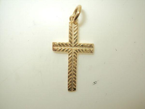Diamond Cut Cross Charm (JC-862)