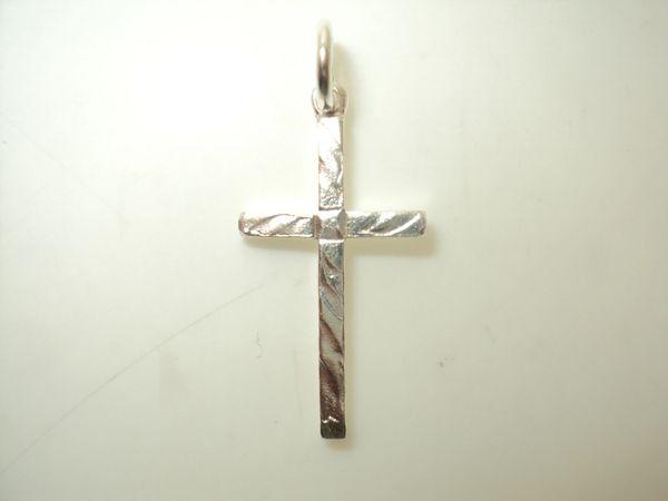Diamond-Cut Cross Charm (JC-1023)