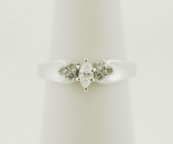 10k White Gold 0.23ct TCW Marquise Diamond Ring
