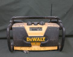 DeWalt DW911 Work/Job Site Radio Yellow Black TESTED! NO BATTERY!!