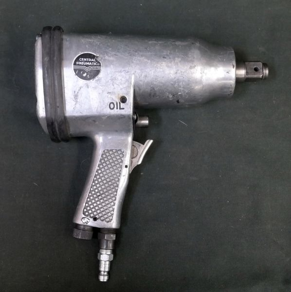 "Central Pneumatic 3/4"" Sq. Drive Air Impact Wrench"