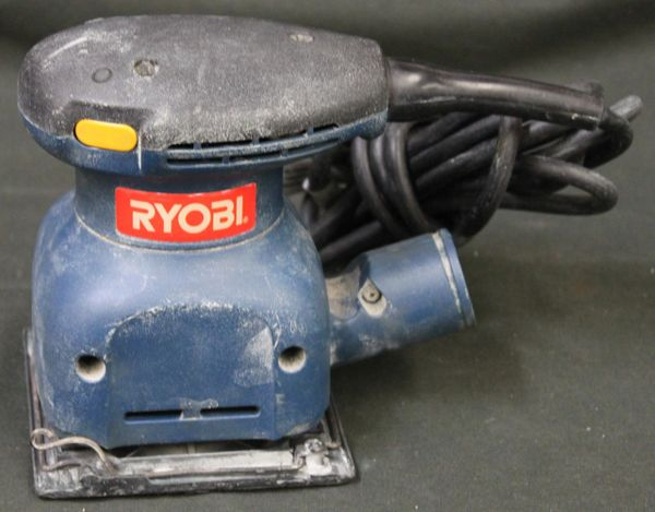 Ryobi S650D 1/4 sheet sander
