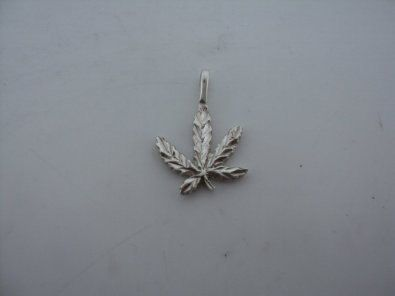 Diamond Cut Weed Plant Charm (JC-123)