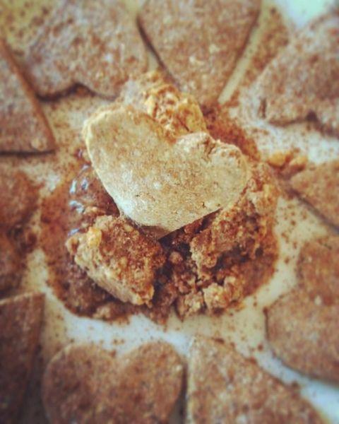 Peanut Butter & Cinnamon Cookies