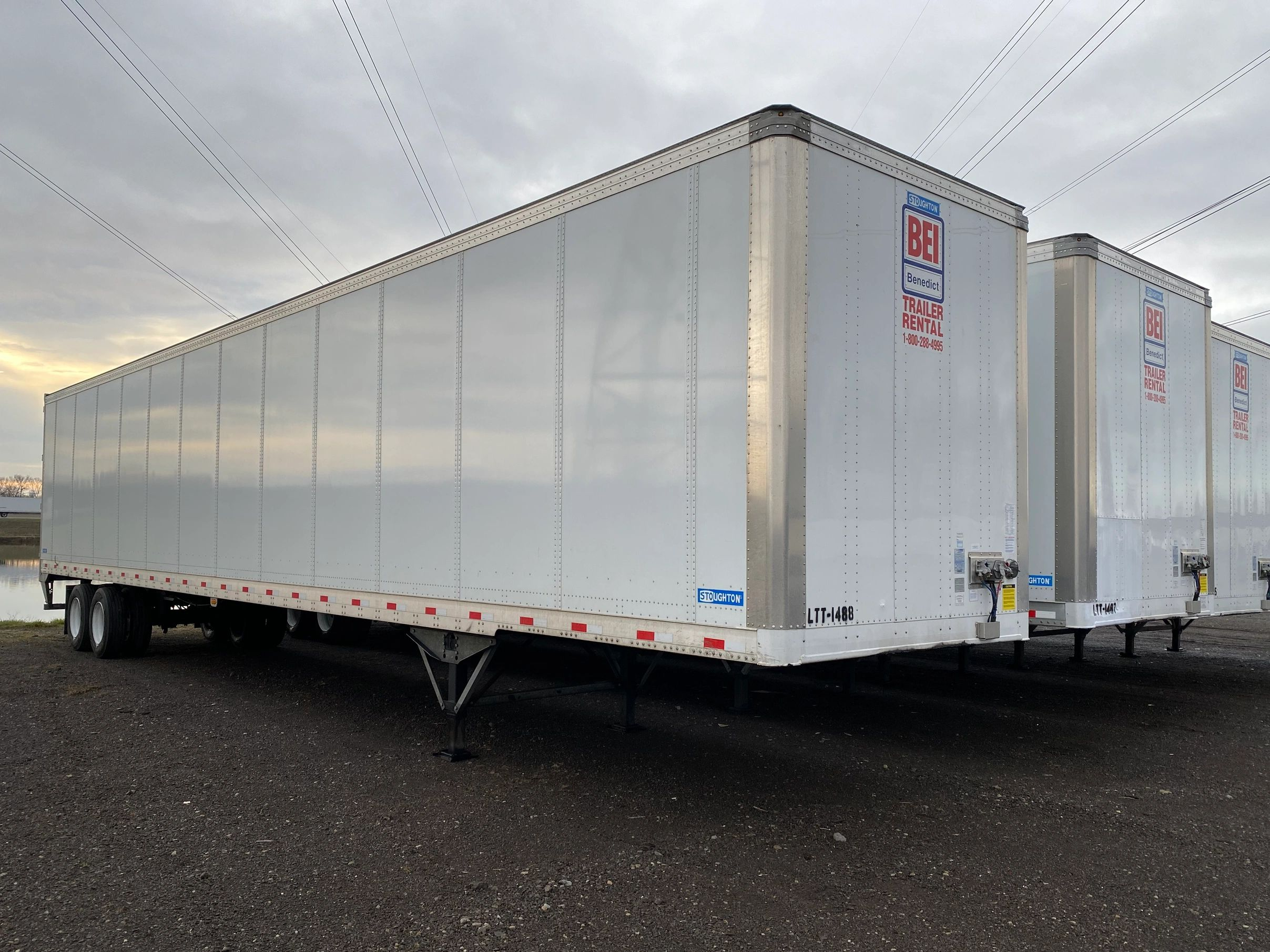 53' road trailer van trailer lease trailer