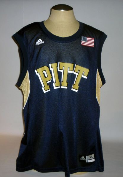Pitt basketball jersey, w/tags, size XL