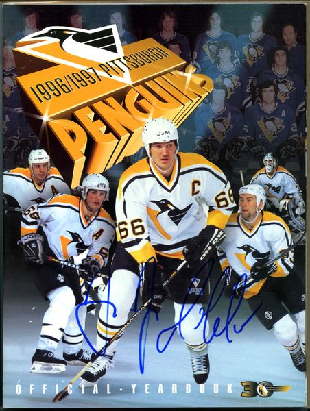 Mario Lemieux & Jaromir Jagr, Pittsburgh Penguins signed 1996-97 Yearbook